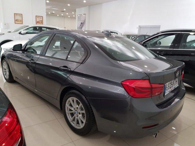 BMW Serie 3 photo 3