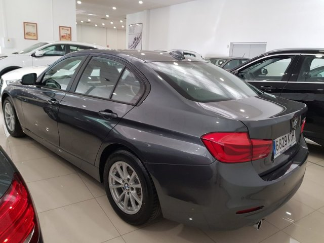 BMW Serie 3 foto 3