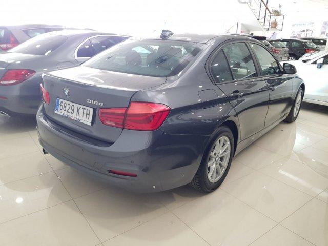 BMW Serie 3 photo 4