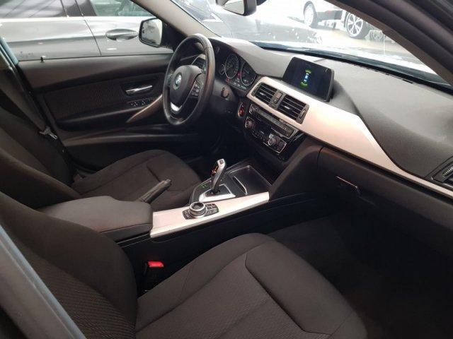 BMW Serie 3 photo 8