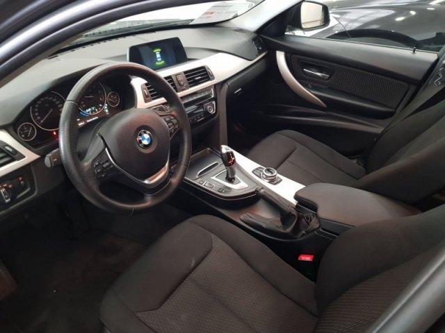 BMW Serie 3 foto 9