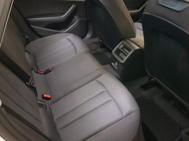 Audi A4 photo 6