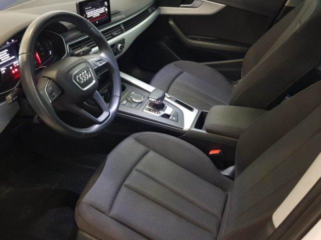 Audi A4 photo 9