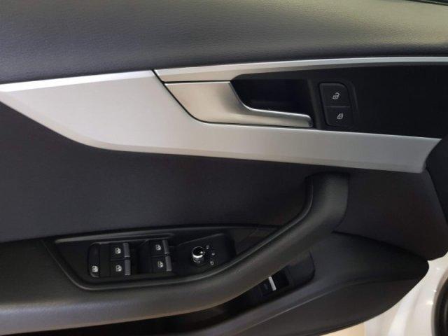 Audi A4 photo 10