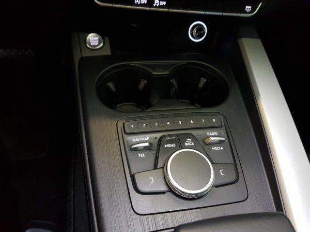 Audi A4 photo 14