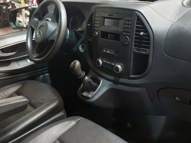 Mercedes Vito photo 10