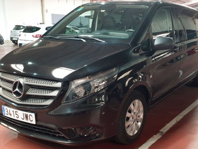 Mercedes Vito photo 1
