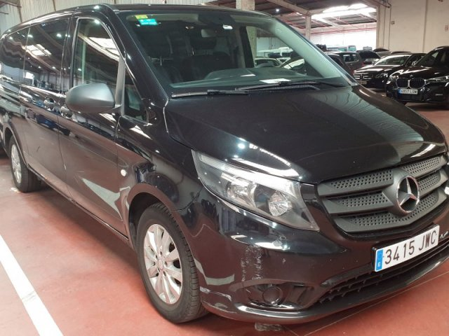 Mercedes Vito photo 2