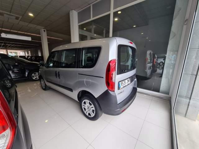 Fiat Doblo Panorama photo 1