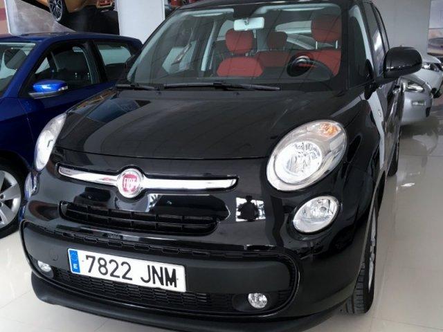 Fiat 500L foto 1