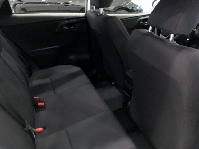 Toyota Auris photo 5