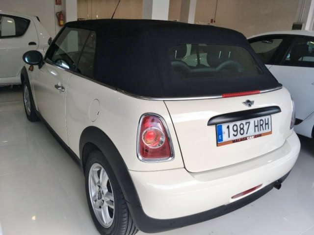 Mini One Cabrio photo 3