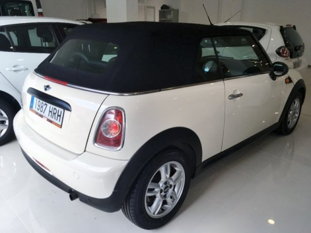 Mini One Cabrio photo 4