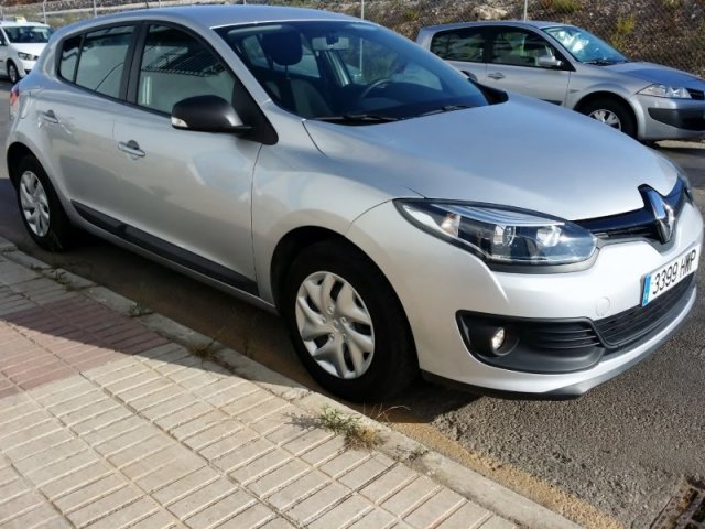 renault megane life energy 1 2 tce 115 cv manual 30798 km. Black Bedroom Furniture Sets. Home Design Ideas