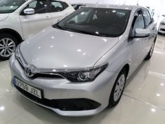 Second hand Toyota Auris