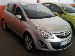 Opel Corsa 1.4 cosmo AUTOMATIC Photo