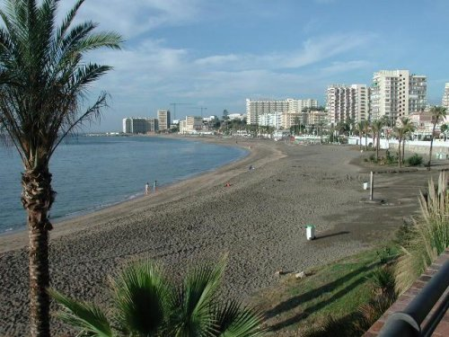 benalmadena beaches, playa bil pil sights
