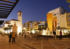 fuengirola sightseeing, constitutions square