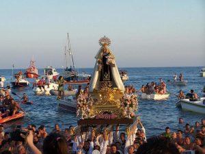 momento-procesion-virgen-carmen-rincon