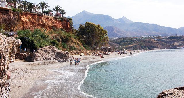 Playa de Burriana, Nerja