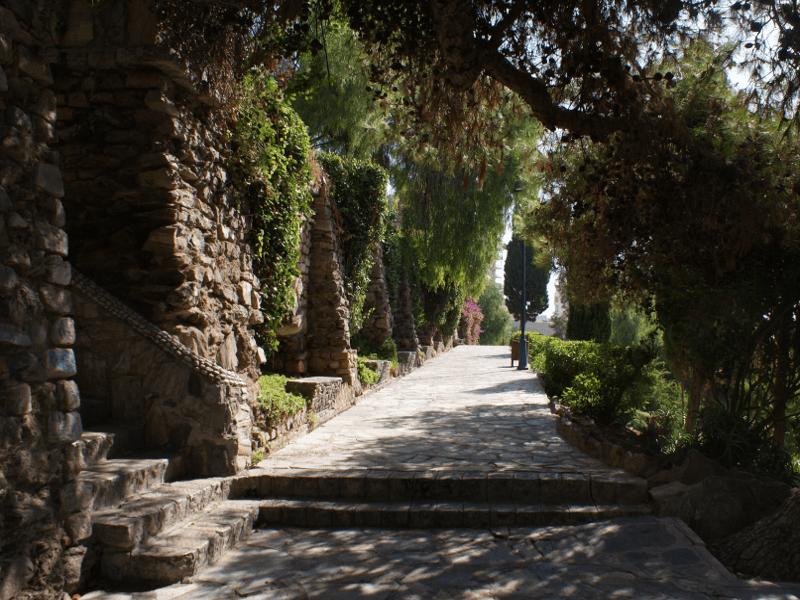 Los 6 mejores parques de m laga capital blog de for Cementerio parque jardin la puerta