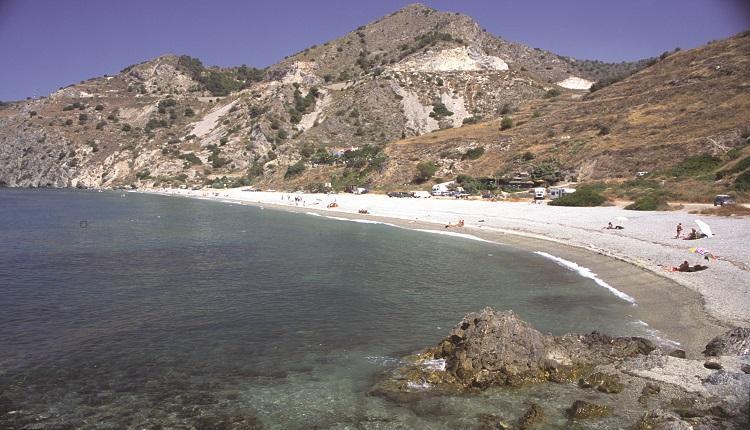 Las mejores playas en la Costa del Sol oriental